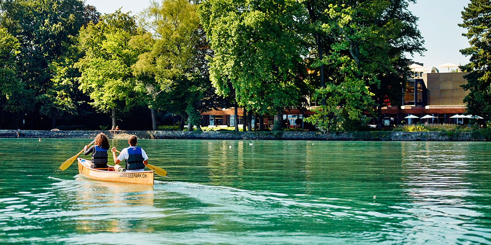 Canoeing and biking in the city of the Alps